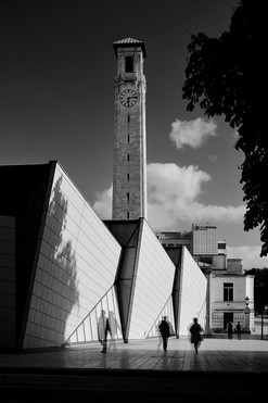 Sea City Museum & Southampton Civic Centre Clock Tower (B&W)