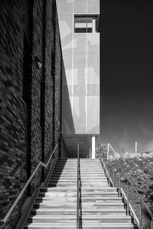 Solent University Sports Hall, (PLB Architecture)