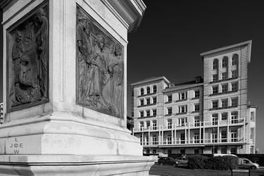 Kings House and Statue Plinth, Brighton