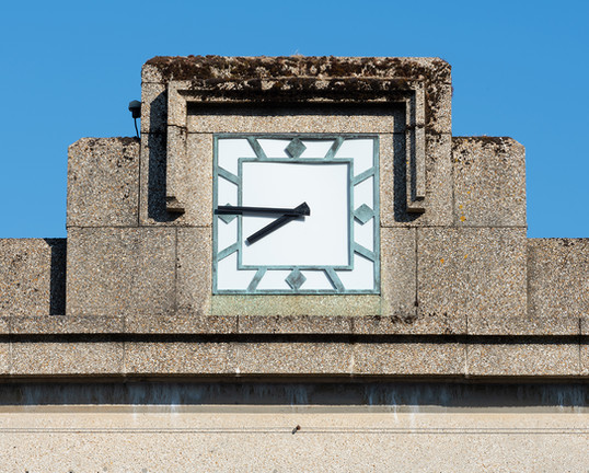 Deco Clock on Southampton Dock Gate
