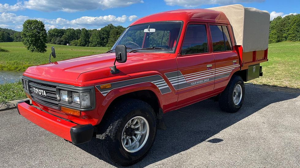 1989 Toyota Landcruiser FJ62 4DOOR pickup truck 4x4 3F 4.0 INLINE6