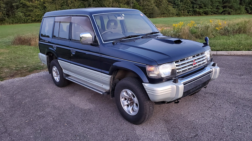 THIS IS A 1994 MITSUBISHI PAJERO TURBO DIESEL-  4M40 - 2.8 LITER 100,014miles