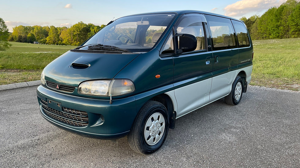 1995 MITSUBISHI DELICA L400 PA5W SPACE-GEAR EXCEED  EDITION INTERCOOLER TURBO DI