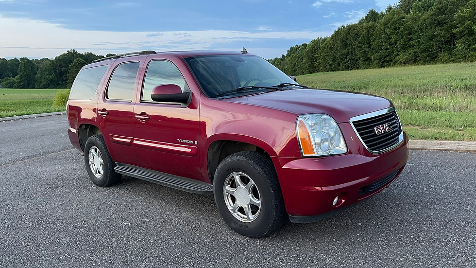 2007 GMC YUKON SLT 4x4 , it has a 5.3 L V8 automatic transmission, 244,417 miles