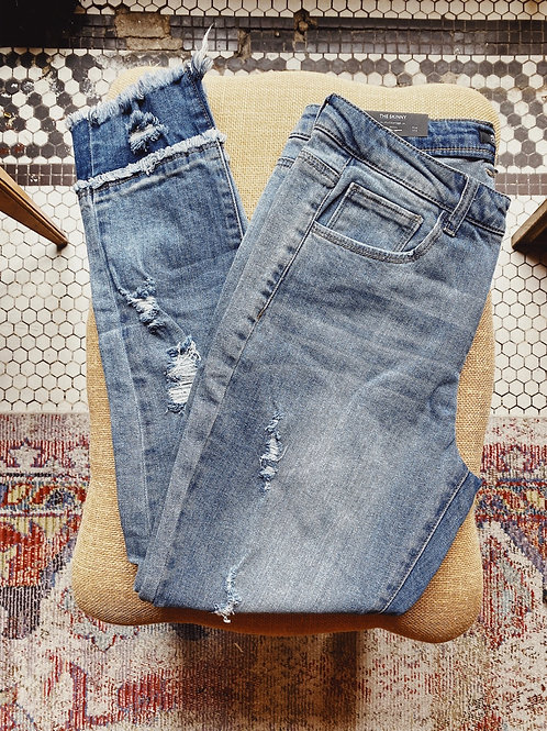 Joan Distressed Jeans