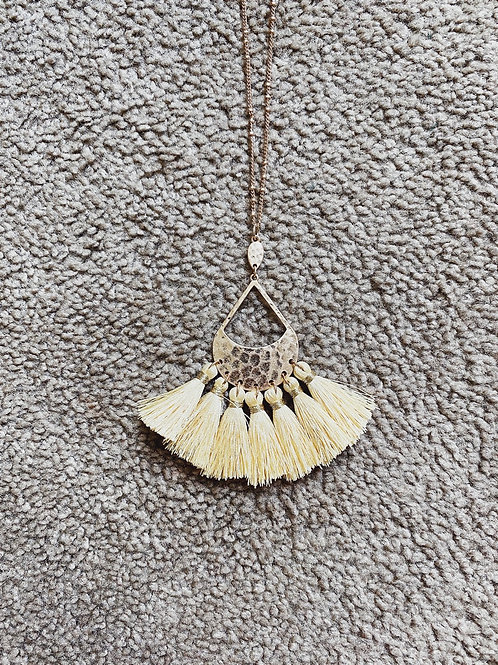 Tassel Pendant Necklace - Yellow
