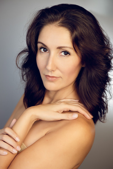 Los Angeles photographer. Headshot for actors, artists, models, dancers, by Silvia Pangaro.