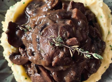 Vegan Red Wine & Mushroom Gravy