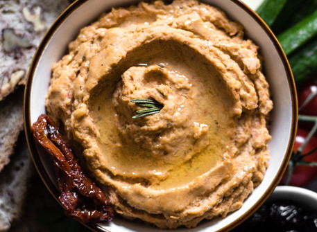 Sun-Dried Tomato & Rosemary Flavoured Hummus (V + GF)