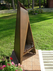 Tipi with grill