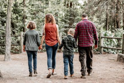 Family Portraits in Hillsboro, Oregon.