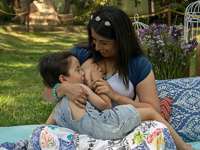 Beneficios de amamantar a un niño mayorcito