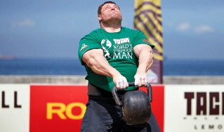 STRONGMAN 'BIG Z' TALKS TRAINING, AGING, AND BREAKING RECORDS