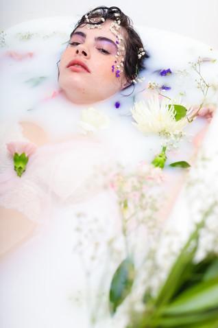 StaceyMarieKeba_PortraitsBySouza_MilkBath_7.JPG