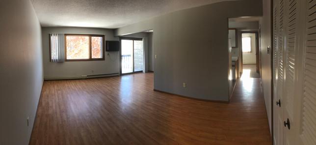 Woodridge Apartment panoramic view laminate flooring
