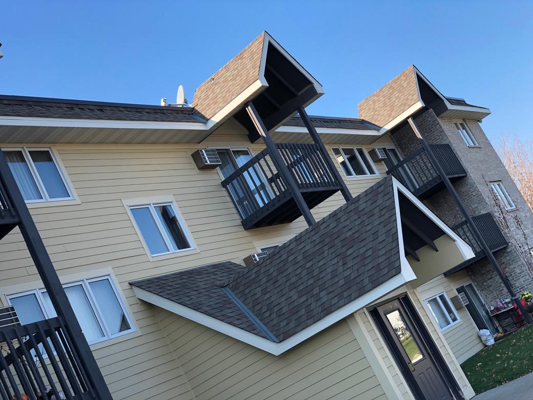 Woodridge Apartments decks