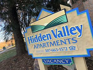 Hidden Valley Apartments, Northfield, MN vacancy sign and contact information