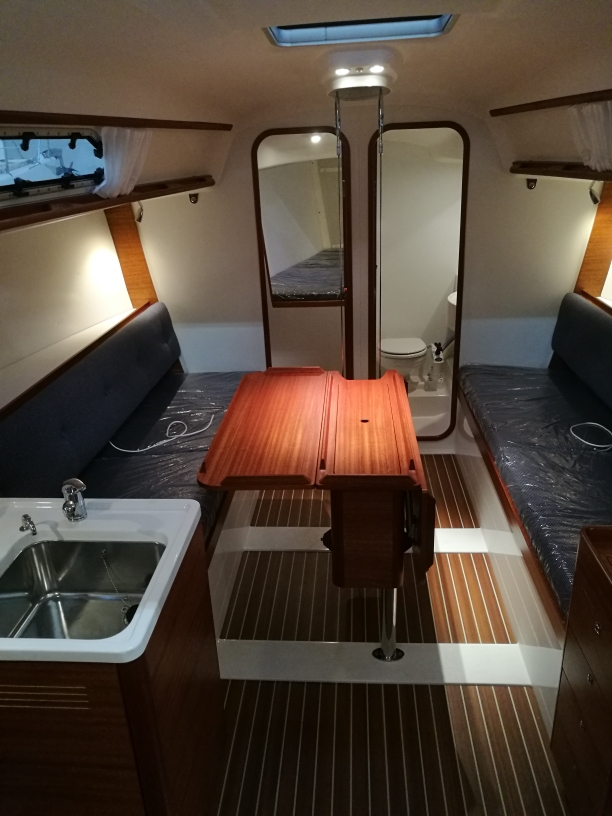 X41 B86 interior