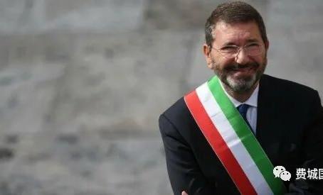 曾经的罗马市长,还是外科医生,现在成为PIM新董事成员,荣幸的为大家介绍 Dr. Marino