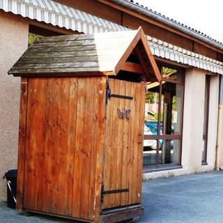 Toilettes_sèches.jpg