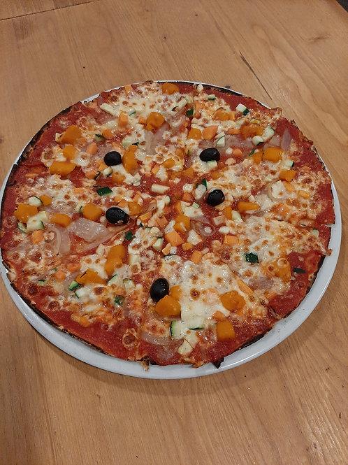 VÉGÉTARIENNE, Tomate, olives, tartare de légume, champignons, fromage, butternut
