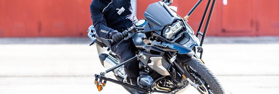 Wingbikes R1250GS F900R Driving Area