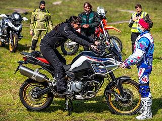 Frauen MädelsDriving Area Offroad Enduro Erlebnis Training BMW, KTM, Yamaha