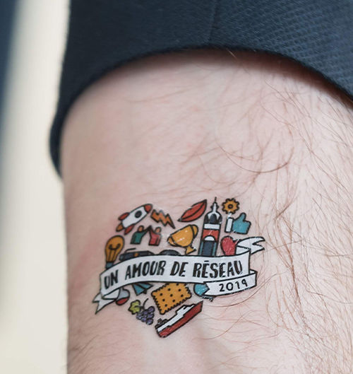 REA tatouage.jpg