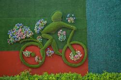 Kunstrasen-bunt-Kunstwerk