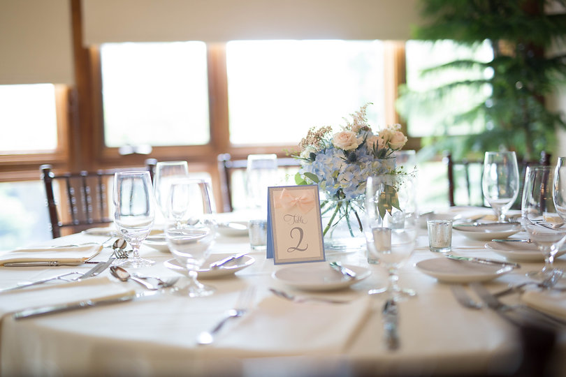 micro wedding in MA rustic table set up