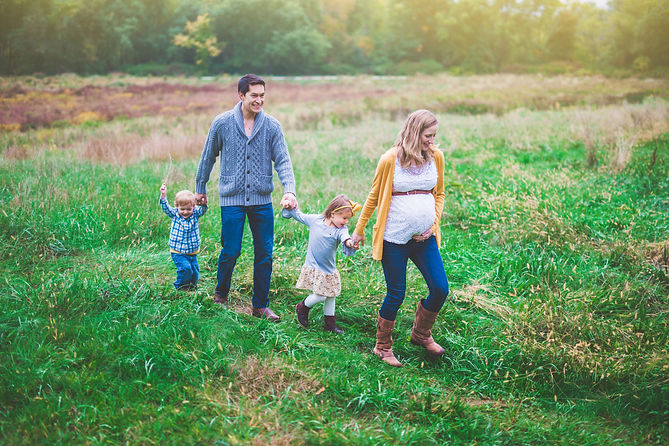 outdoor lifestyle family session in concord ma