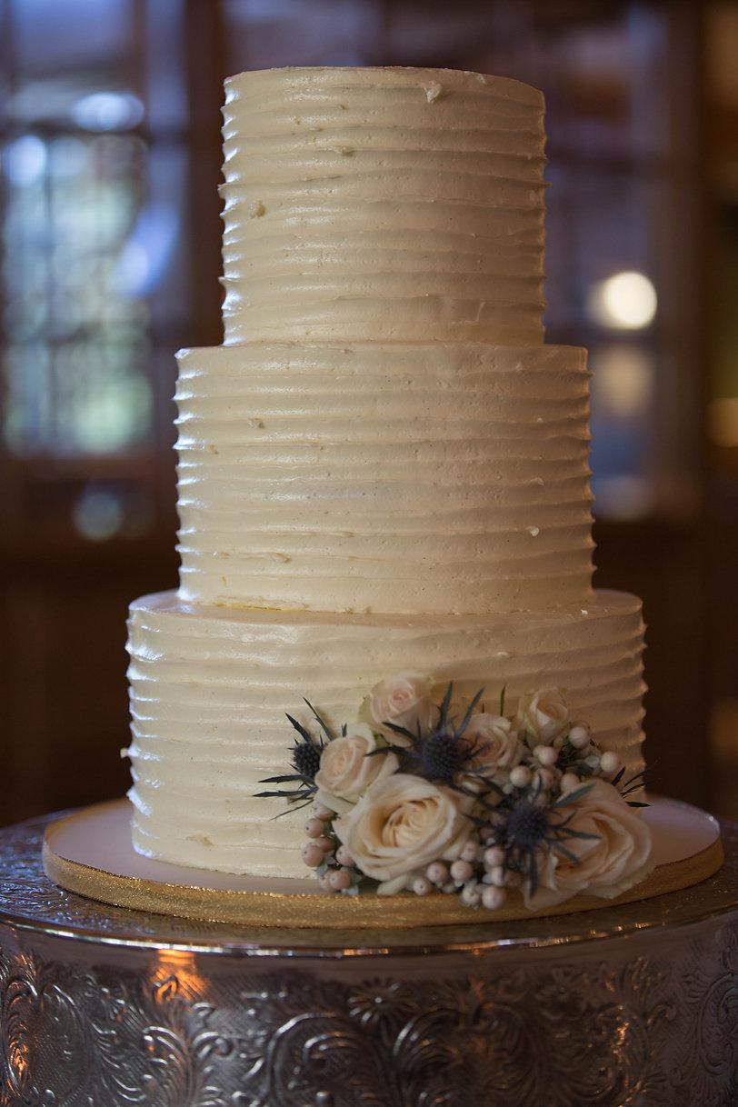 micro wedding cake rustic wedding NH