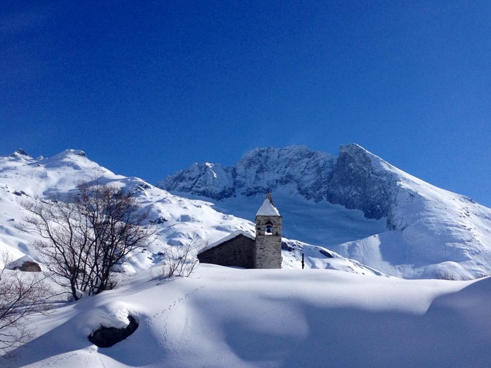 La chapelle du hameau d'Avérole