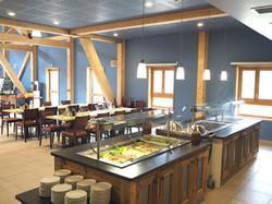 centre-de-vacances-la-bessannaise-salle-a-manger-bessans