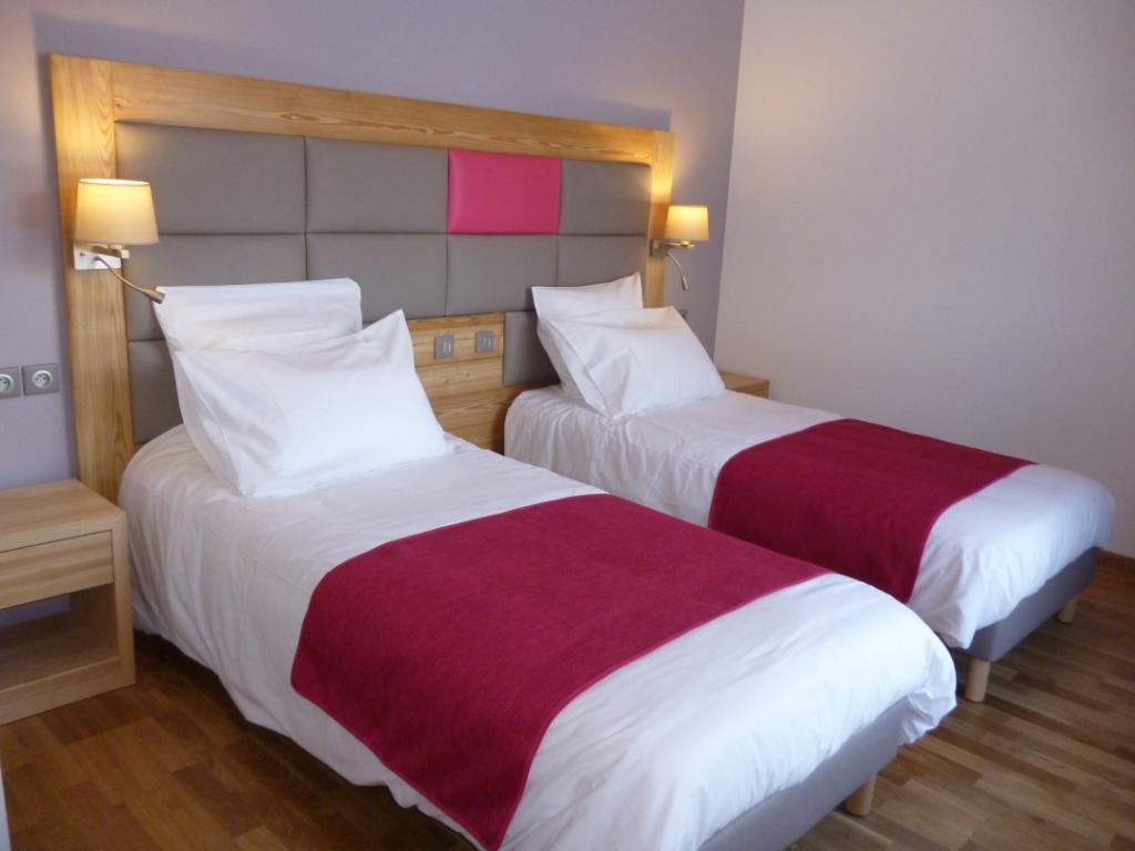 centre-de-vacances-la-bessannaise-chambre-grand-confort-bessans