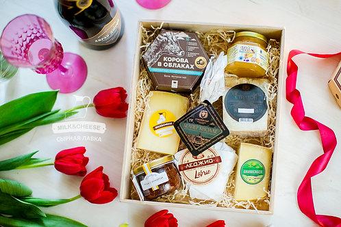 Подарочный набор сыров в ящике