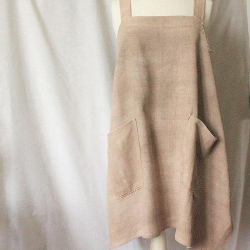 Walnut-dyed cross-back linen apron