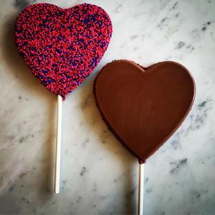Large Sprinkle Heart Pop