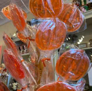 Candy Pumpkin Lollipops
