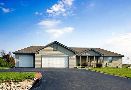 rural-country-estate-8704345.jpg