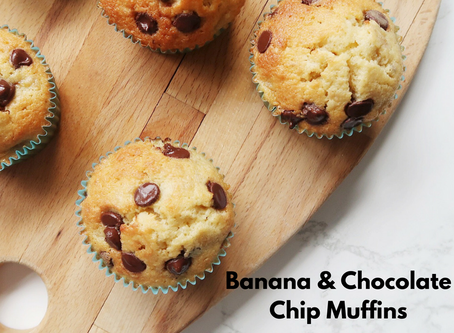 Quick And Easy Banana And Chocolate Chip Muffins...