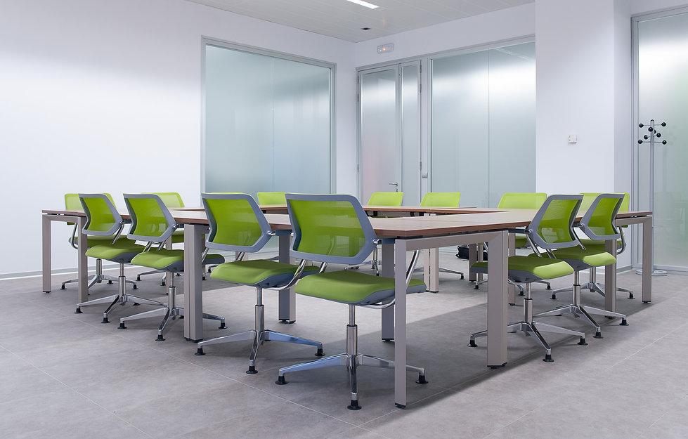 mobiliario de oficina, interiorismo