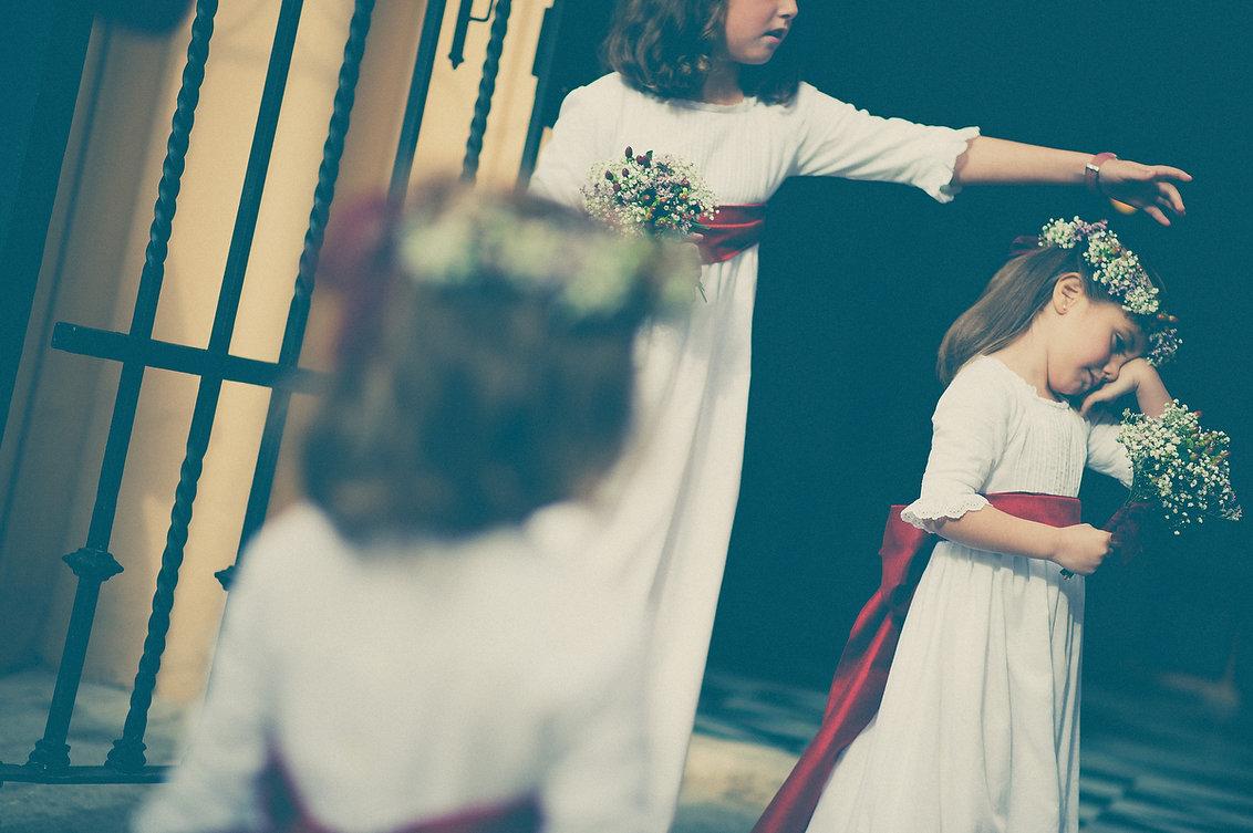 foto niños iglesia sevilla