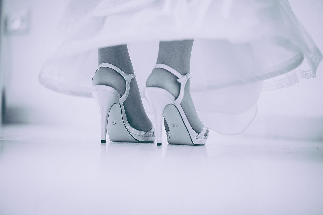 detalles de los pies y zapatos