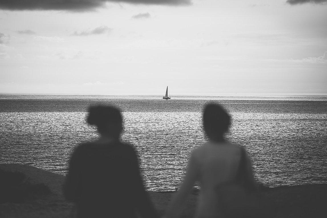 novias en la playa