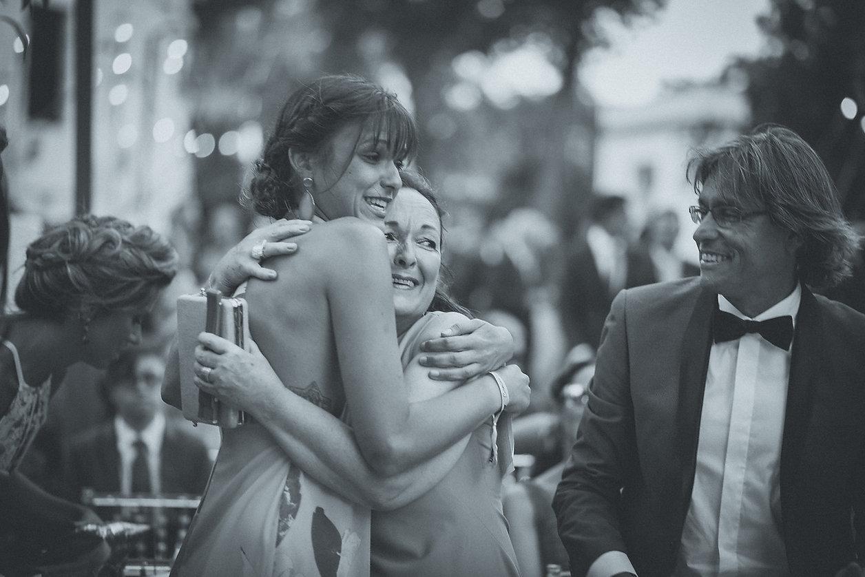 Sentimiento, lagrimas, emociones. El amor de una madre el día de la boda de su hija. Fotografo sevilla.