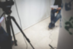 Ramón durante la grabación vídeo