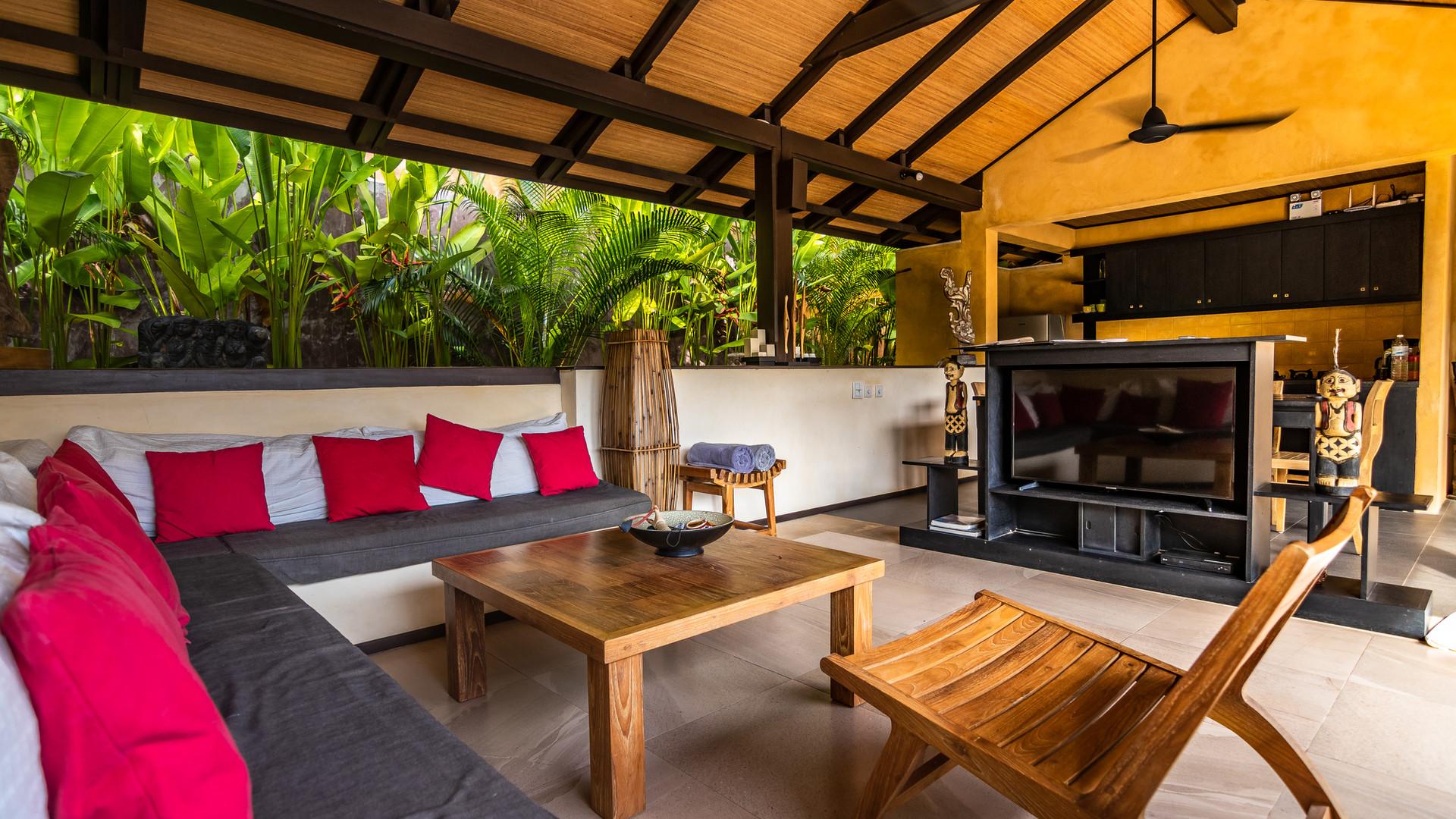 Alanta Villa Open Air Living Area