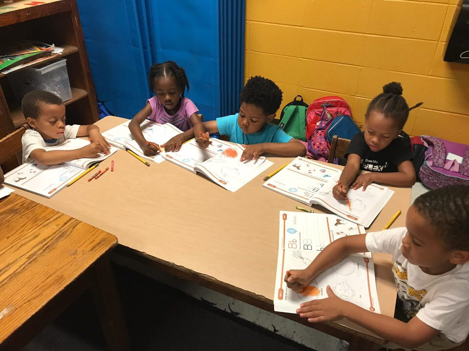 kids in summer learning class