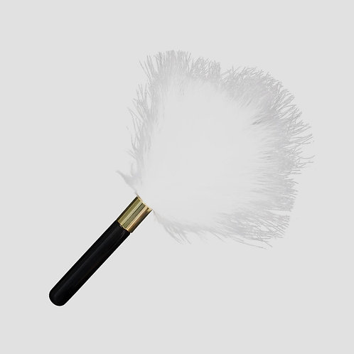 Plumas  Feather Tickler Withe